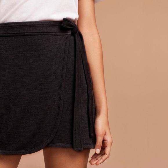 efb9d1791a Aritzia Dresses & Skirts - aritzia wilfred free tara wrap skirt